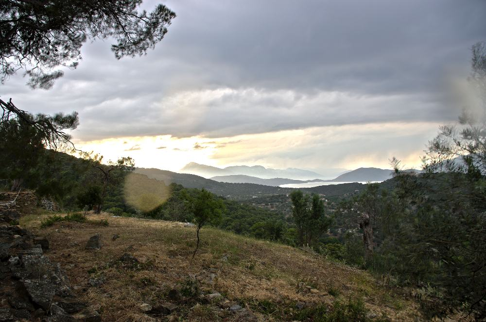 Fig. 2: View towards the Peloponnese and Methana from the sanctuary.